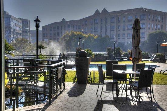 centurion-lake-hotel